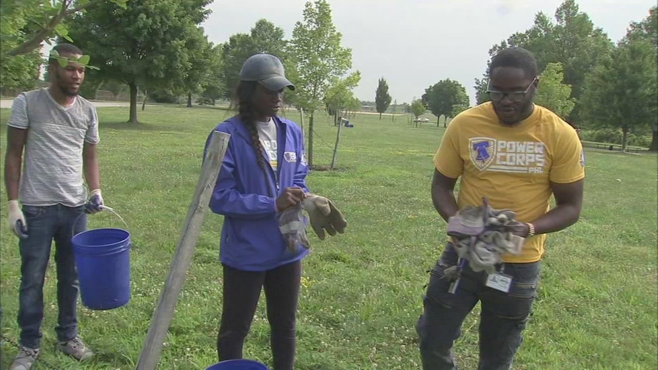 Philadelphia volunteer with inspiring story