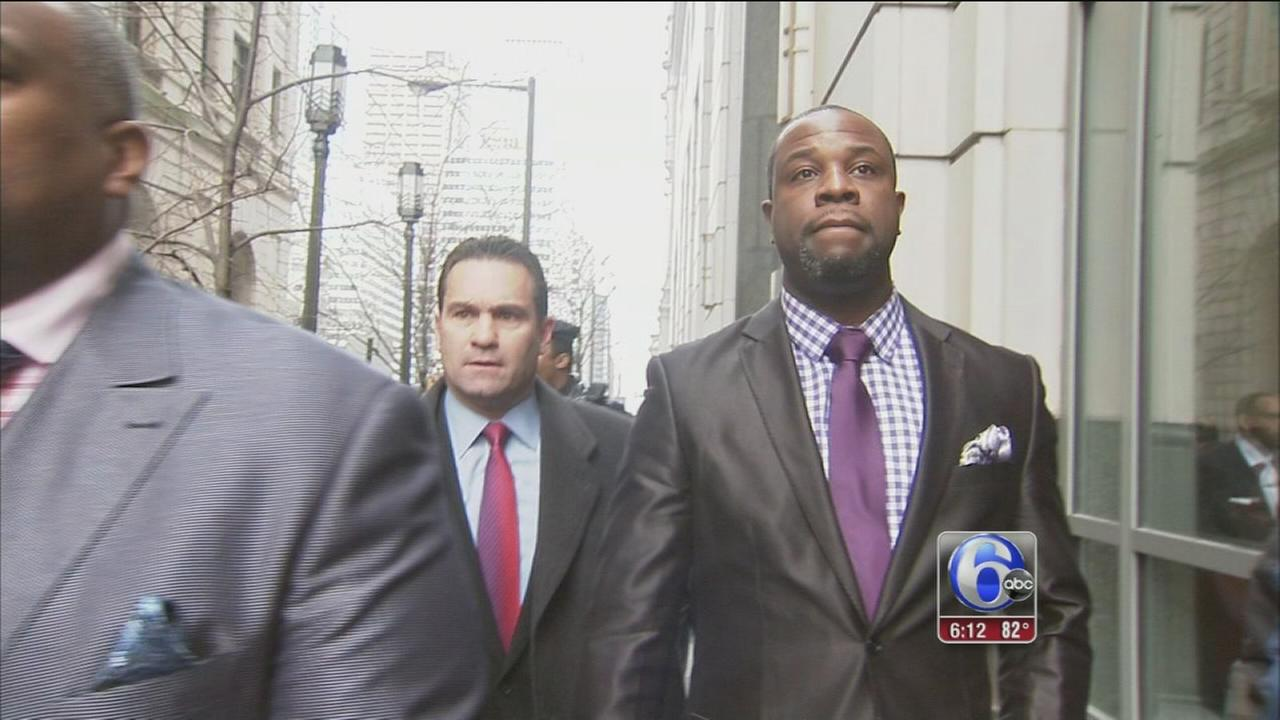 VIDEO: Philly cop, once accused, credited for fire rescue