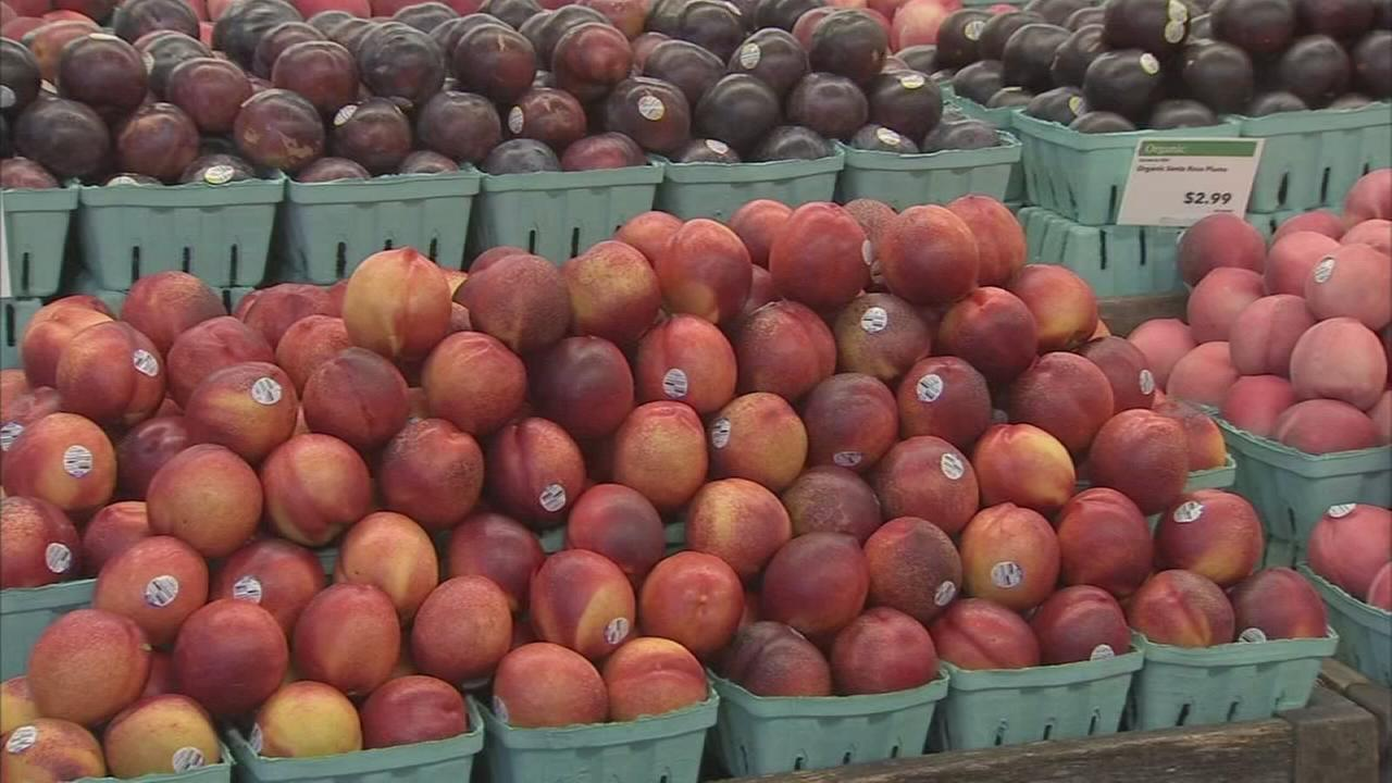 Todays Produce Tip: Picking peaches, nectarines and plums
