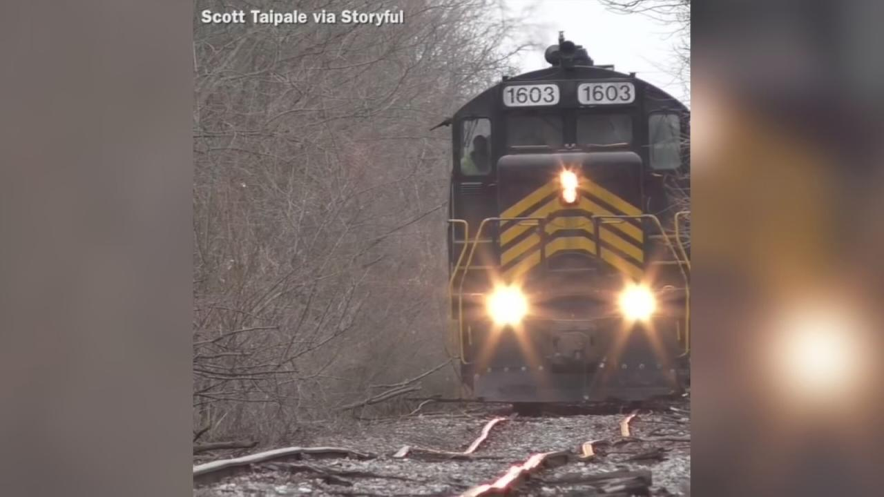 VIDEO: Train travels down crooked tracks