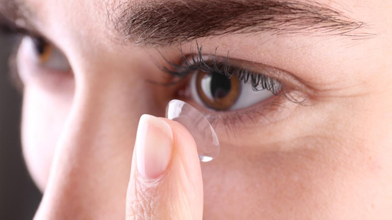 See this? Doctors find 27 contact lenses in woman's eye