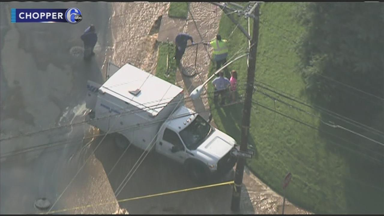 Water Main break affects water service in N.E. Philly