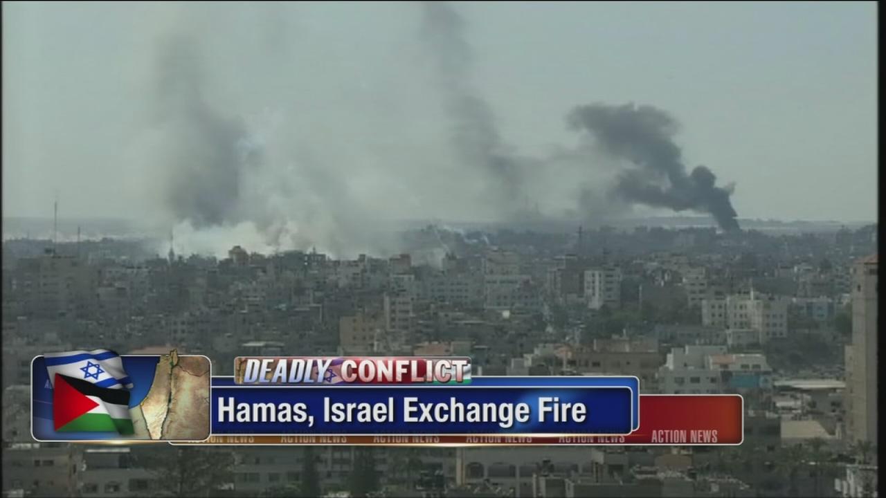 VIDEO: Hamas, Israel exchange fire