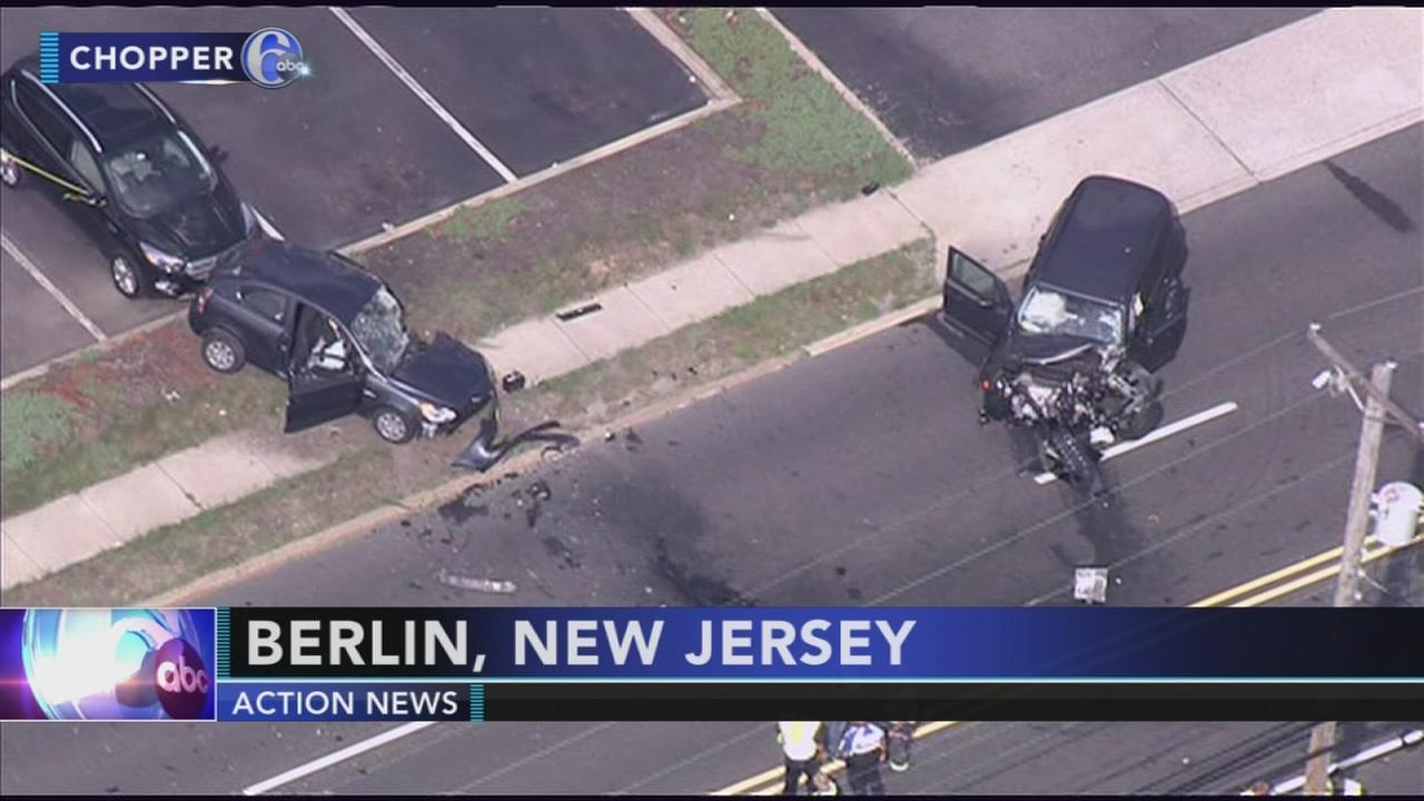 Injuries reported after multi-car crash in Camden County