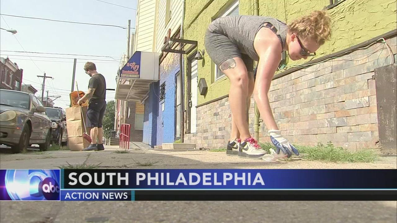 Philadelphia More Beautiful Committee spends the morning cleaning up city streets