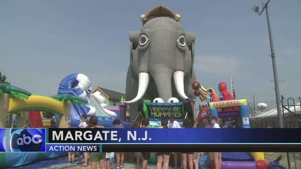 Lucy the elephant celebrates 136th birthday