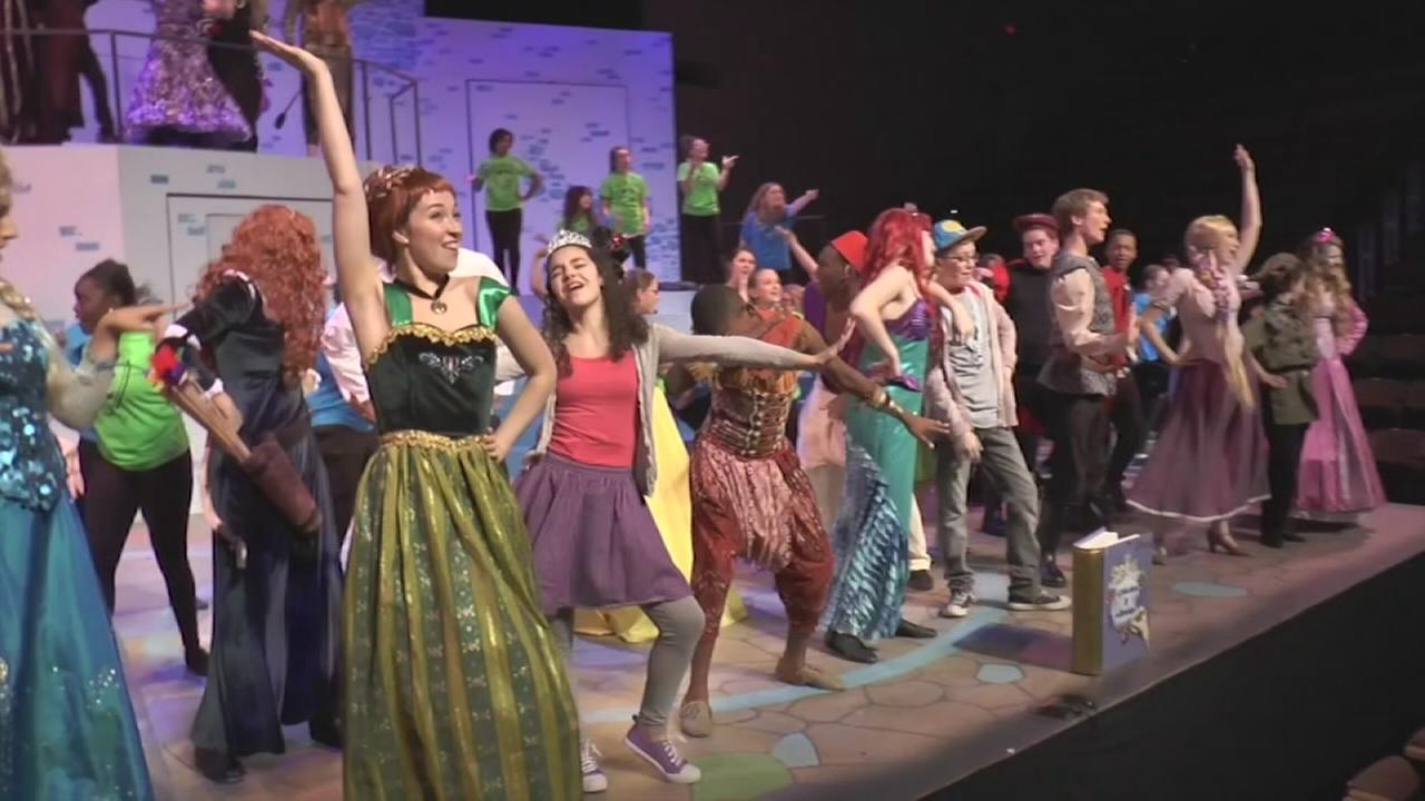 6abc Loves the Arts: 43rd season of the Upper Darby Summer Stage