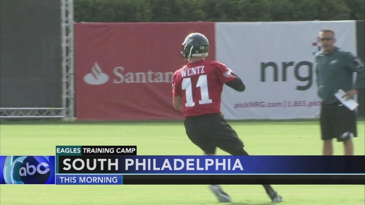 Eagles start flying back to South Philly