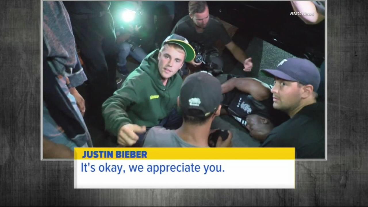 Police: Bieber accidentally hits photog with pickup truck