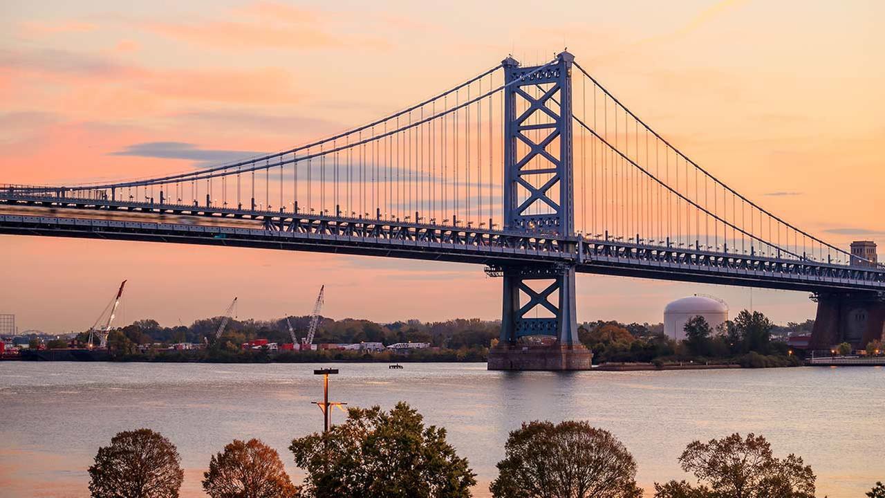 Ben Franklin Bridge to briefly close Sunday