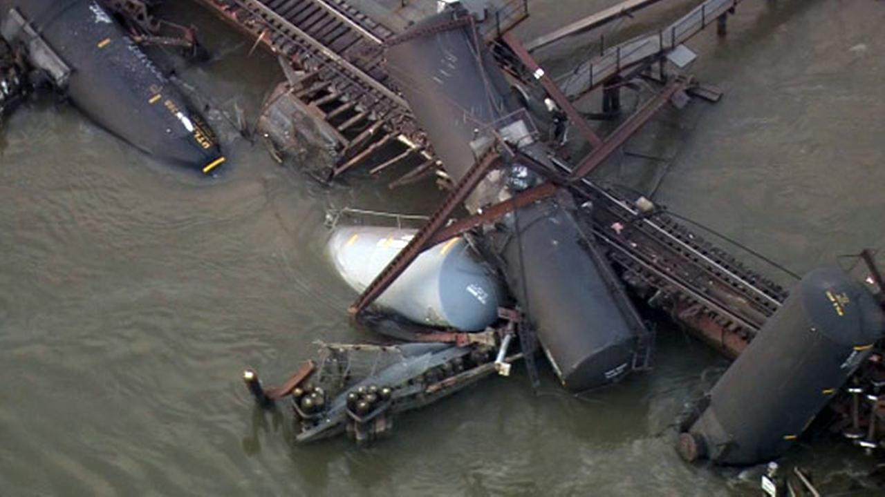 Train derailment in Paulsboro, N.J.