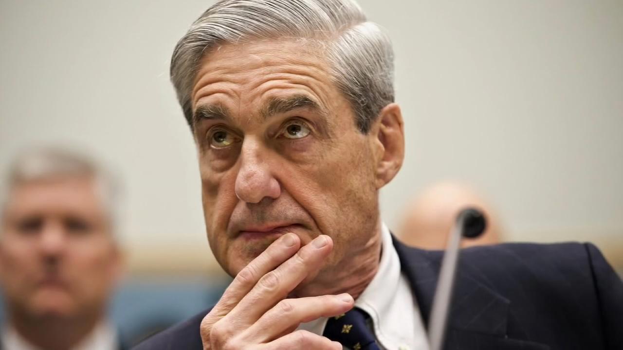 Mueller impanels grand jury