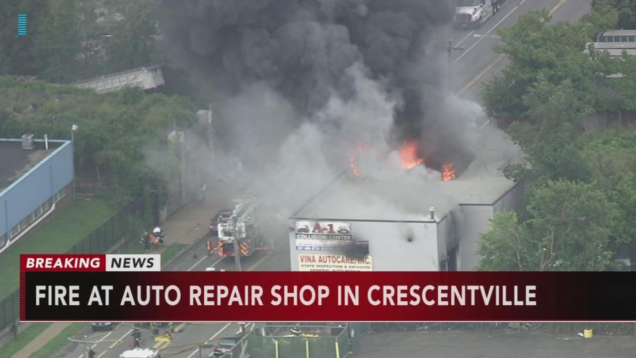 VIDEO: Fire at auto repair shop in Crescentville