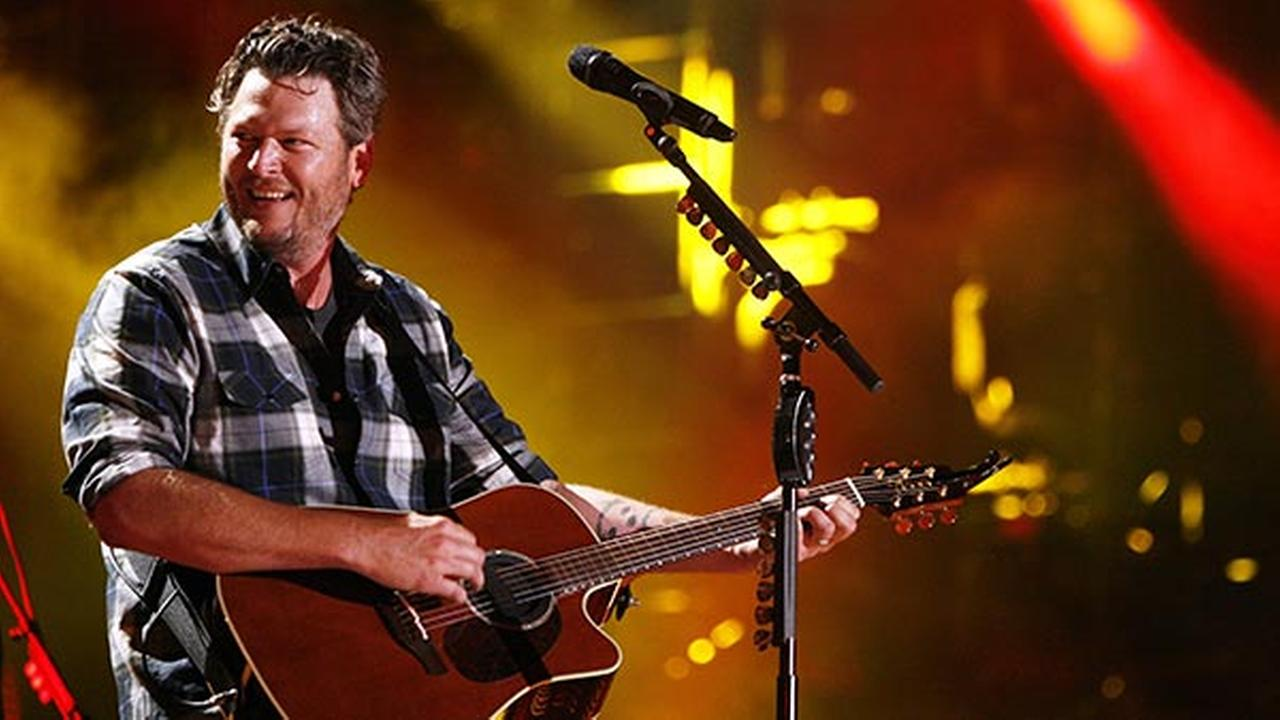 Atlantic City hosts free Blake Shelton concert
