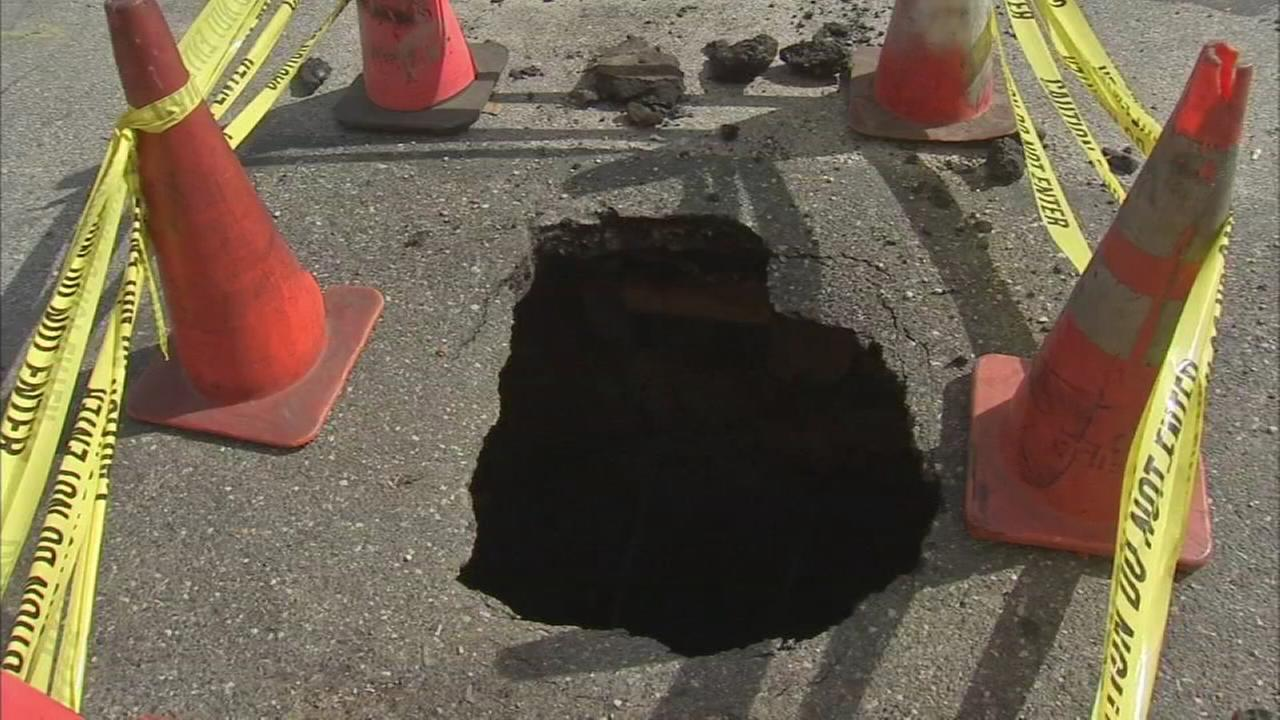 Man falls into sinkhole in Strawberry Mansion