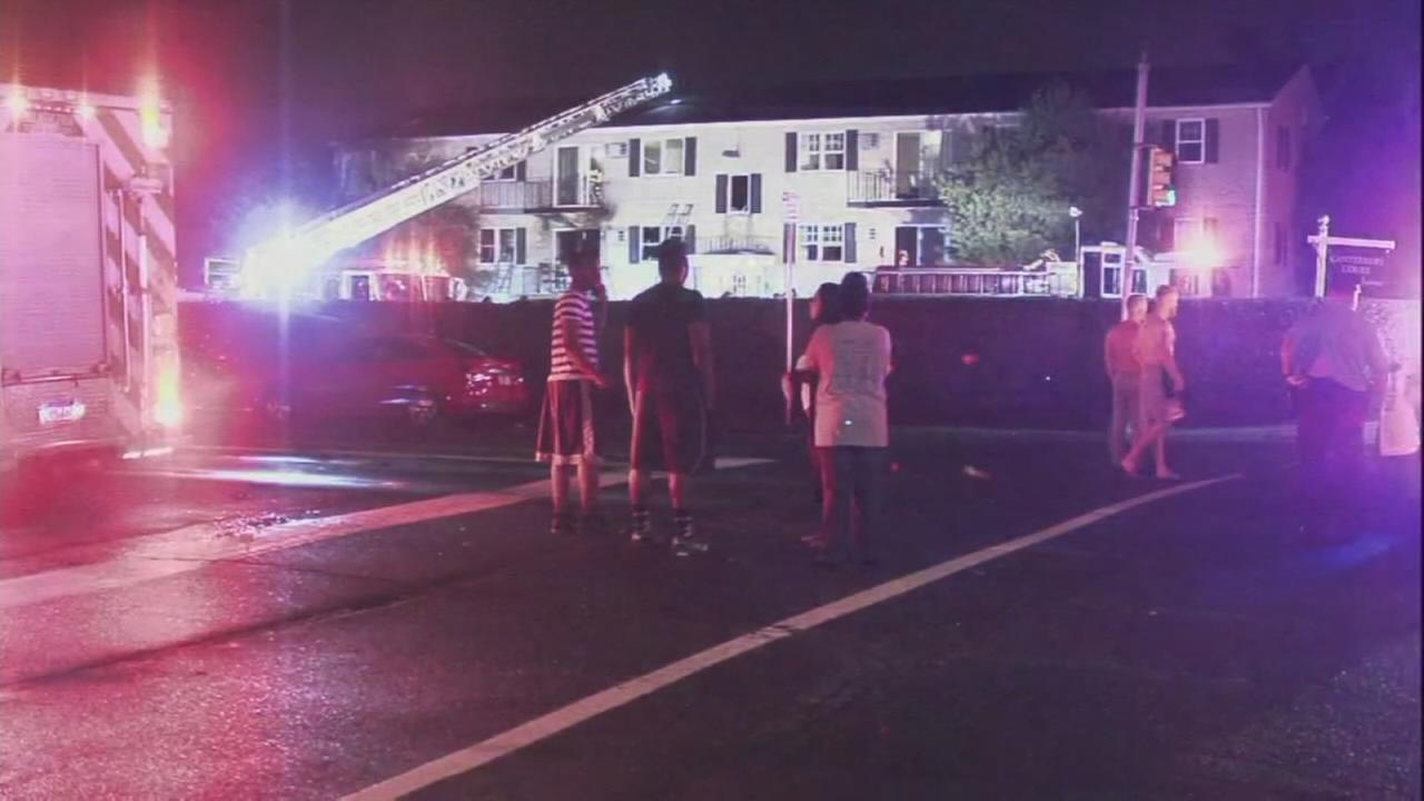 3 hurt in NE Philadelphia apartment fire