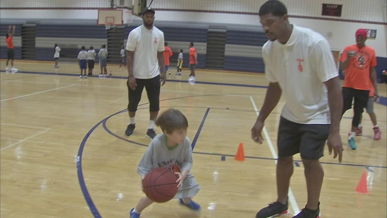 Young players learn at Team Hines Basketball Academy