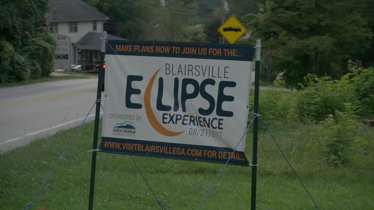Towns in eclipse path prepare for influx of visitors