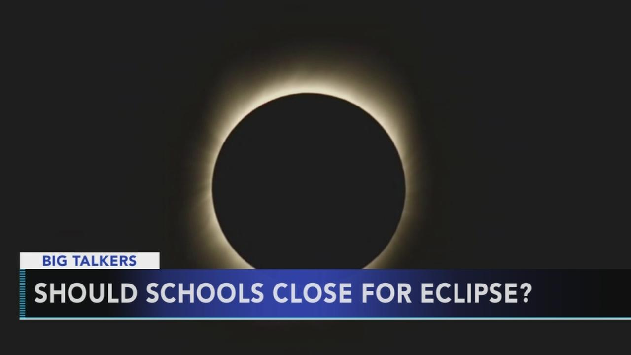 Some schools choose to cancel classes during the eclipse