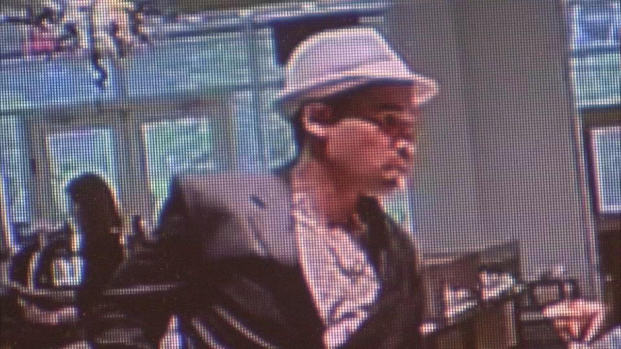 Police investigate robbery of Villanova jewelry store