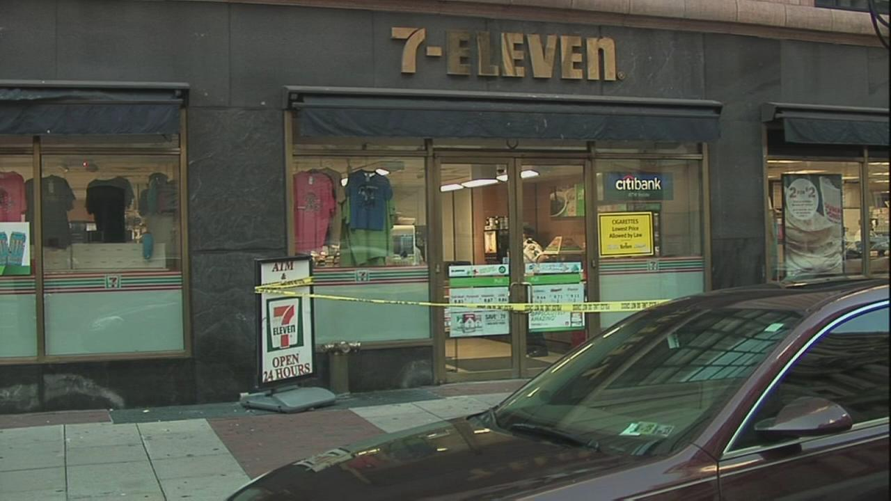 7-Eleven clerk stabbed in Center City
