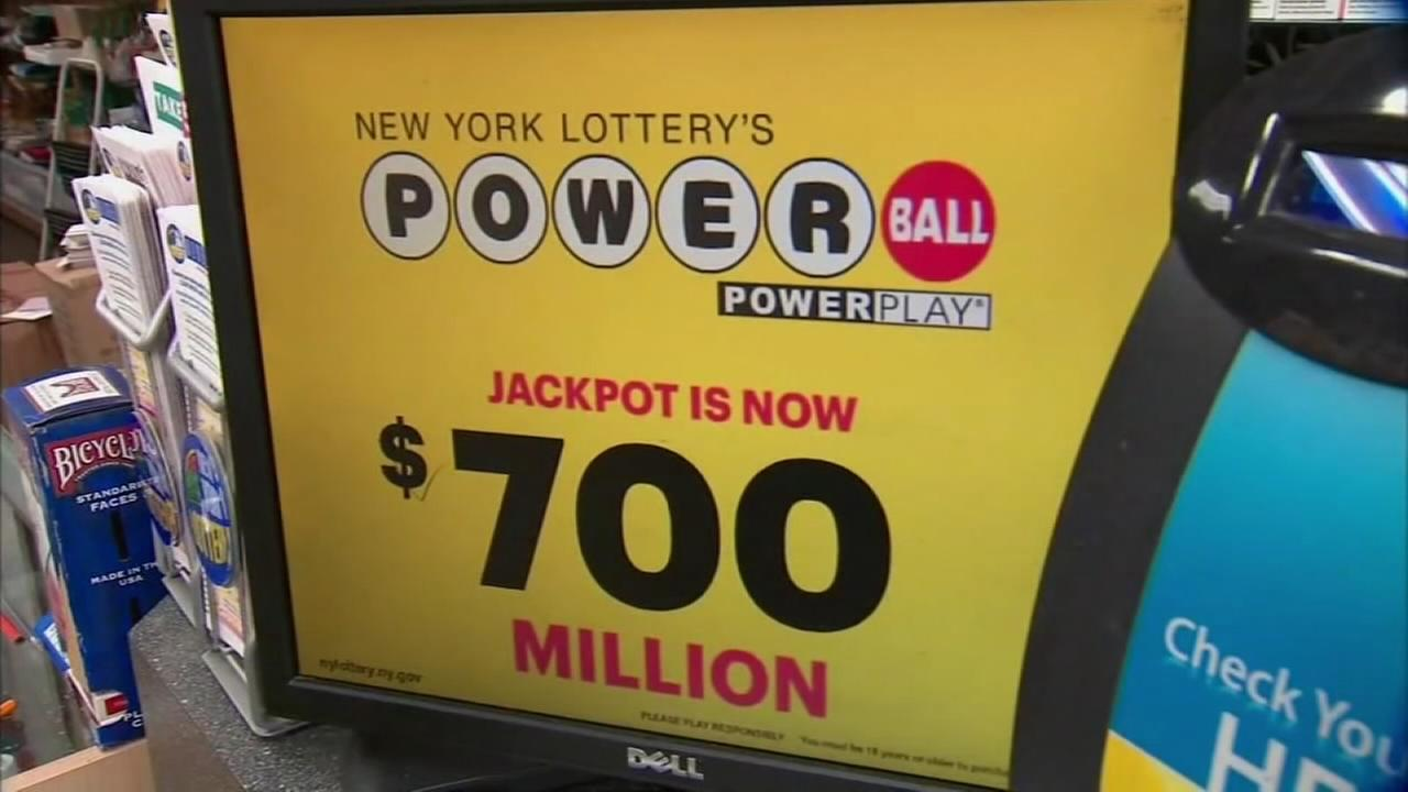 Powerball soars to $700M for Wednesdays drawing