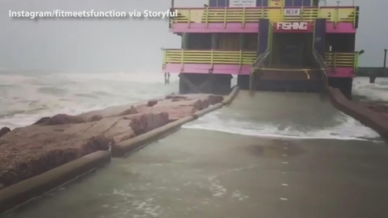 VIDEO: Galveston pier pummeled by waves during Hurricane Harvey
