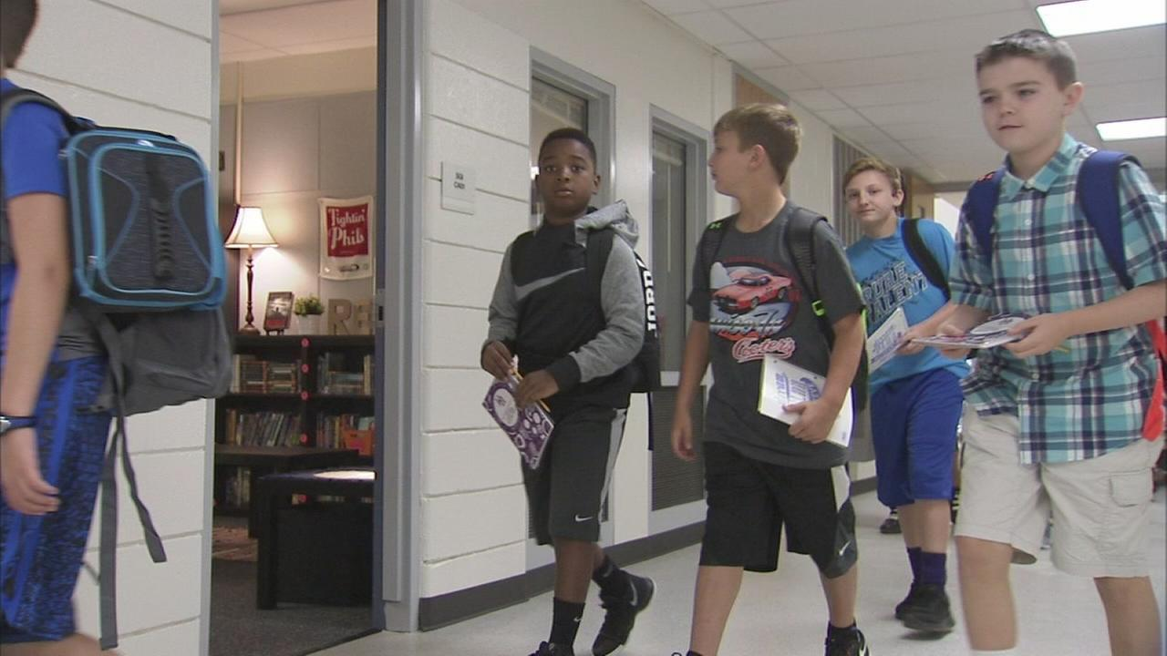 Upper Moreland students begin school year in brand new building