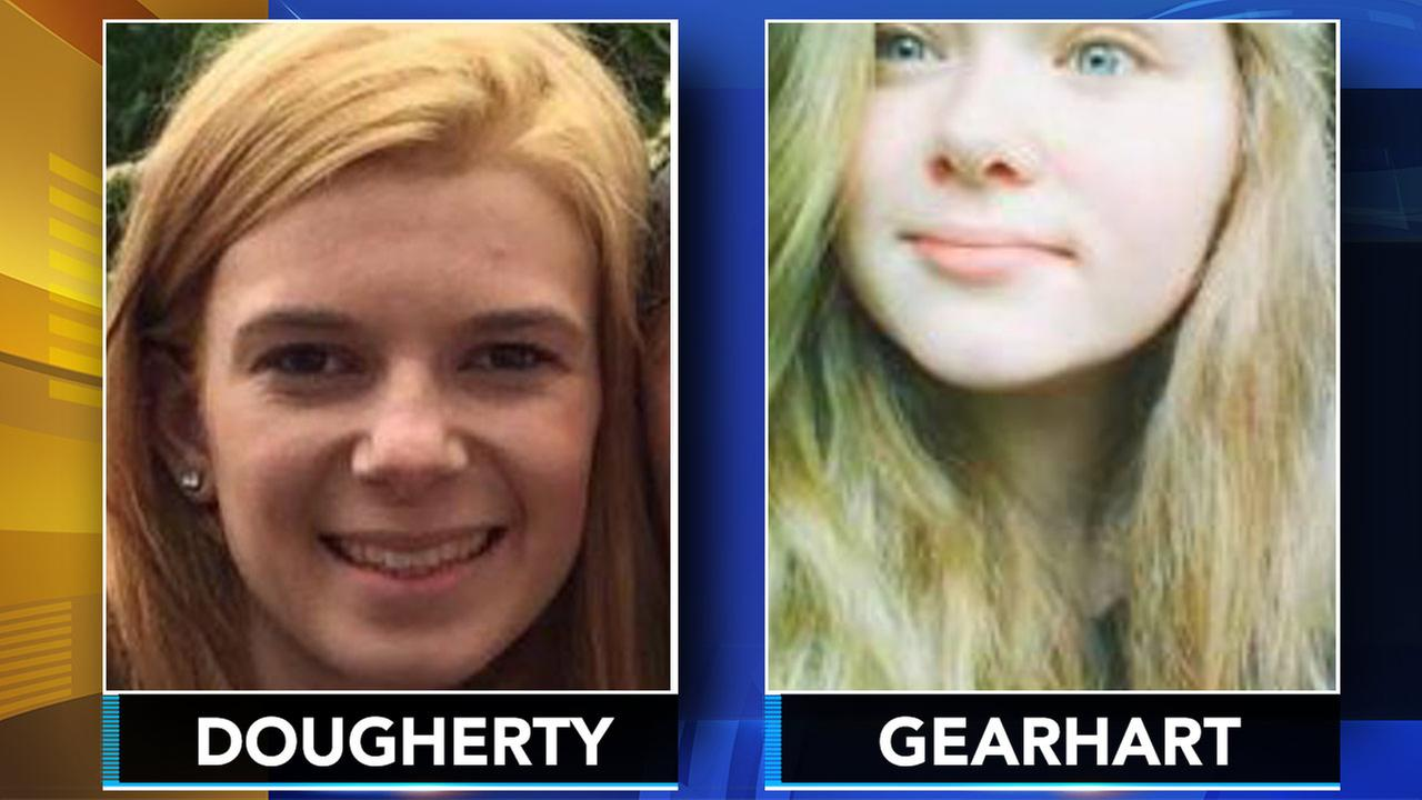 Police: Teen runaways missing more than a week