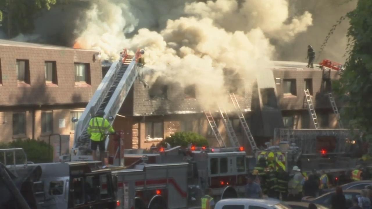 3 hurt in Clifton Heights fire