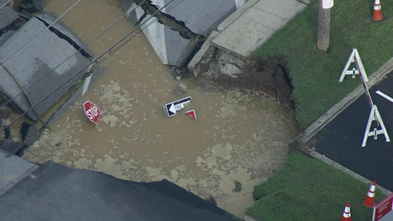 RAW VIDEO: Sinkhole in King of Prussia