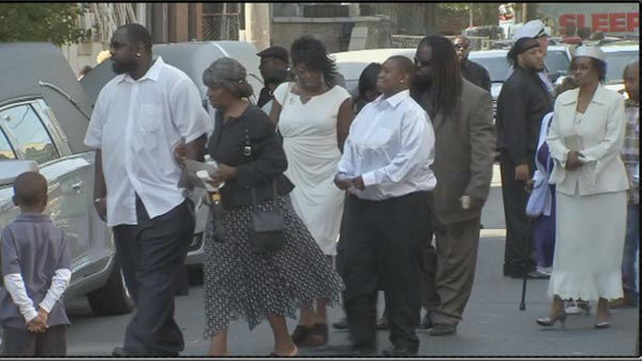 PHOTOS: Funeral for victims of carjacking crash