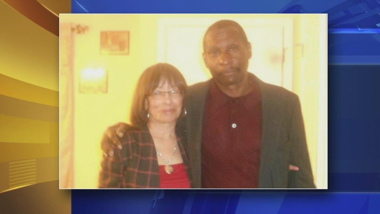 Man killed trying to rescue wife from Wilmington fire