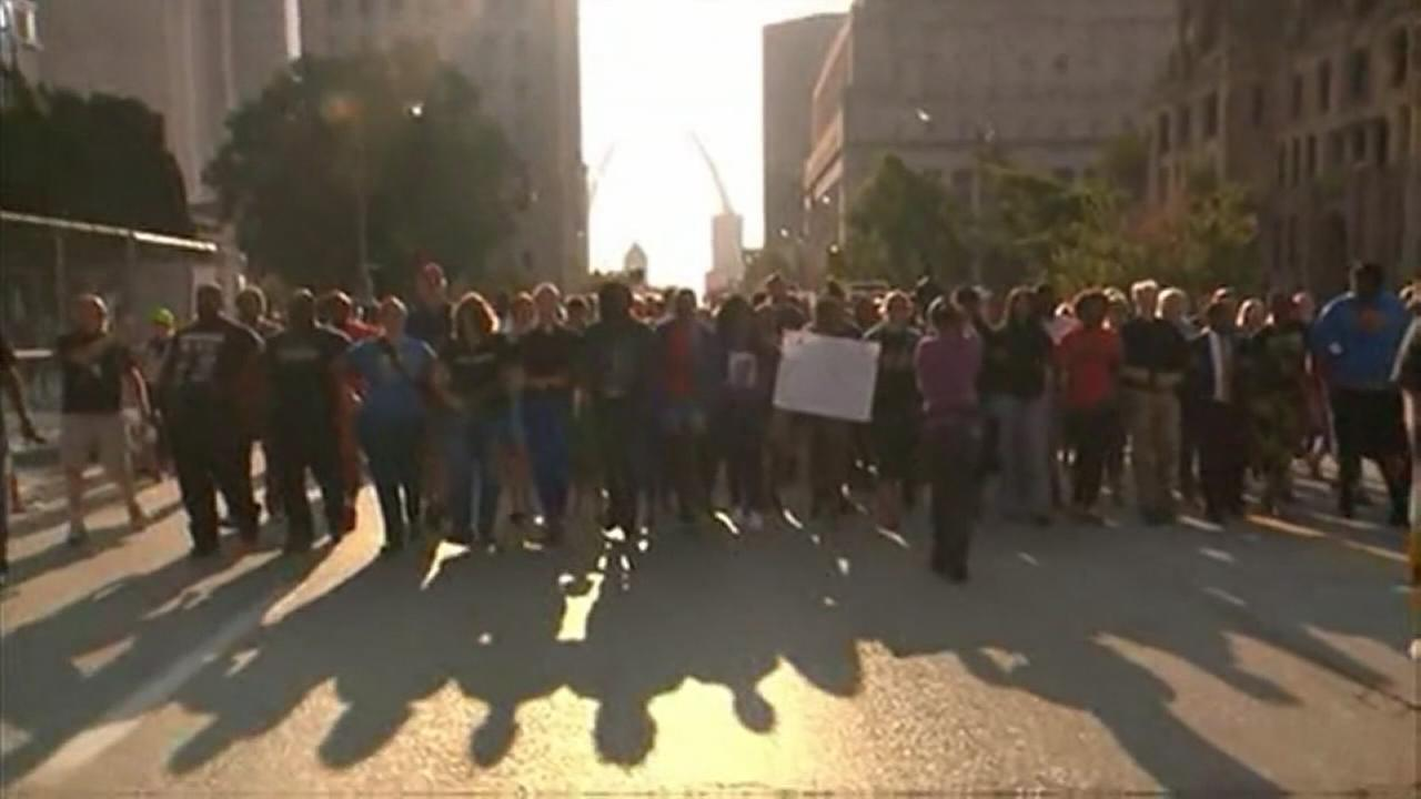VIDEO: St. Louis protests resume after 80 arrests in unrest