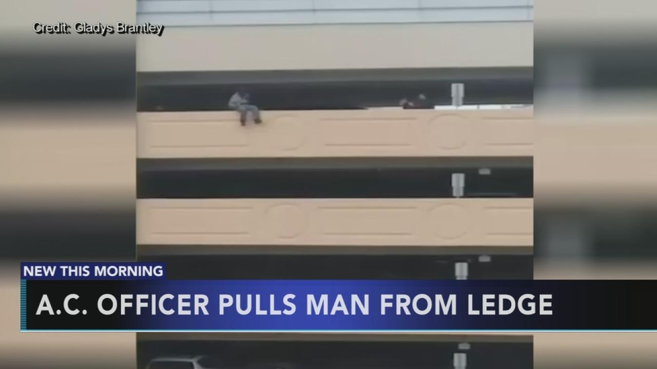 Police officer rescues man