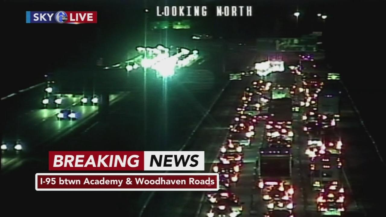 Crash on NB I-95 in NE Philadelphia