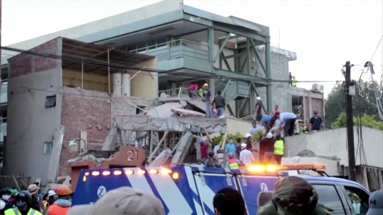 Mexicans dig through collapsed buildings as quake kills 225