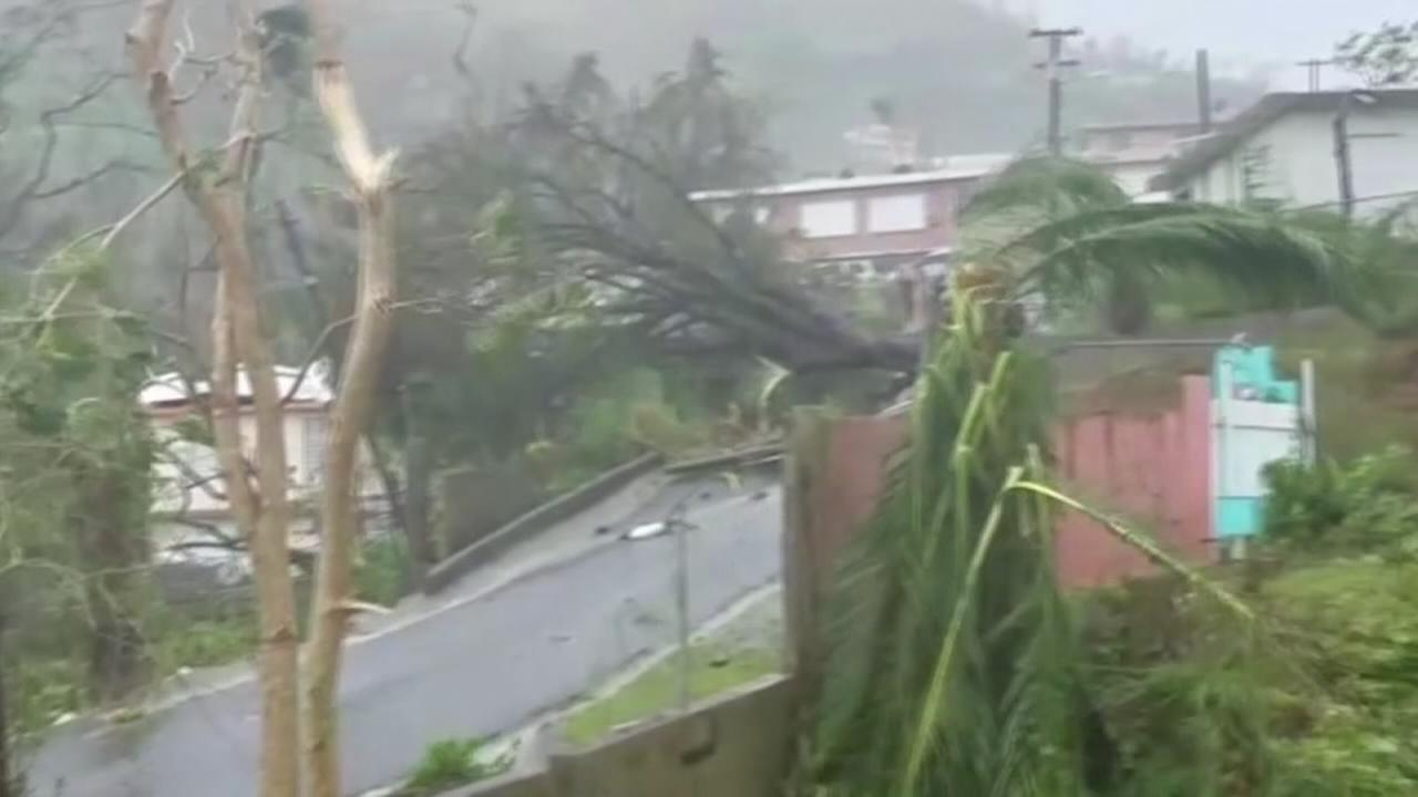 Hurricane Maria leaves all of Puerto Rico without power