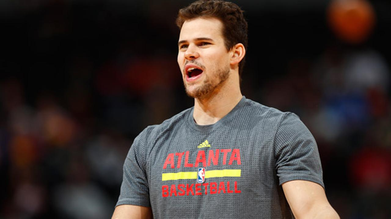 Philadelphia 76ers agree to terms with Kris Humphries, Emeka Okafor