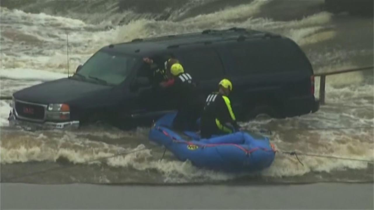 Crews rescue Oklahoma driver