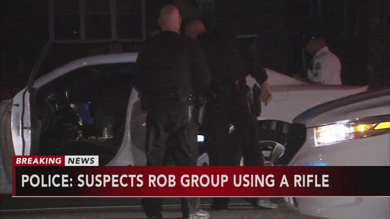 Armed robbery in NE Phila.