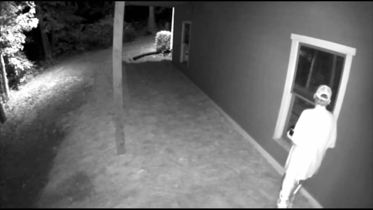 Uber driver accused of peeping, burglarizing sorority girls homes