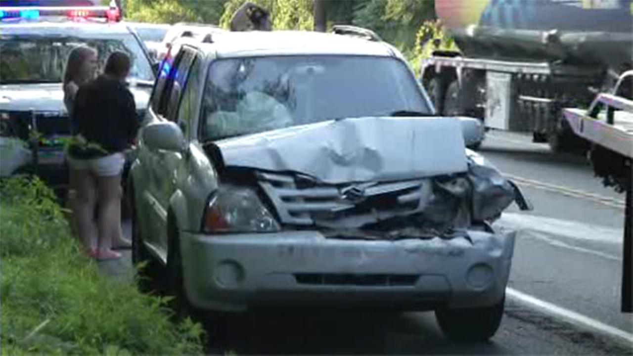 3 injured in multi-vehicle crash on Route 322
