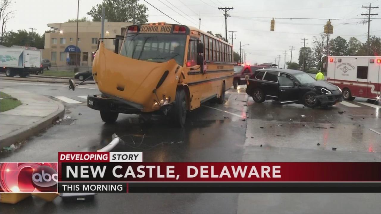 Del. school bus crash