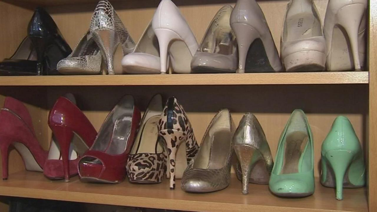 Budget friendly tips to organize and declutter your closet