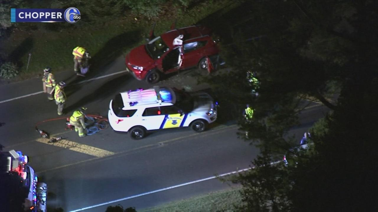 2 hurt in Burlington, NJ crash