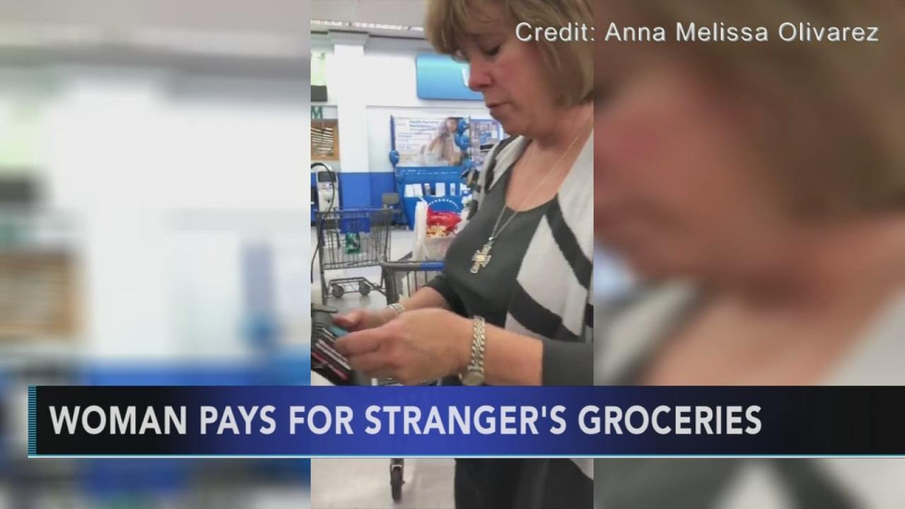 Good Samaritan pays for strangers groceries