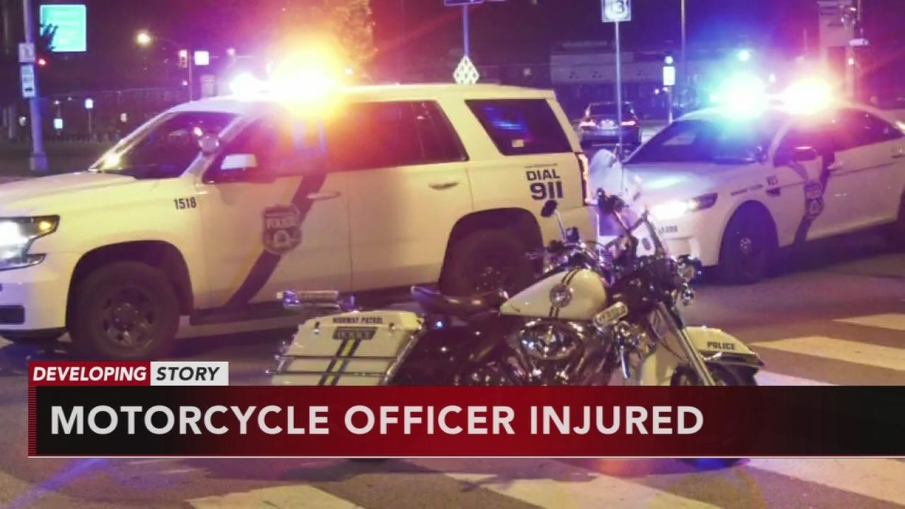 Philadelphia officer hurt in motorcylce crash