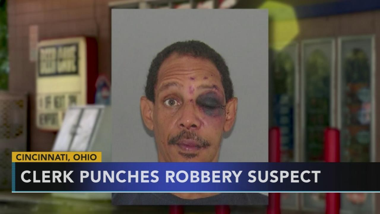 Clerk punches robbery suspect in Ohio