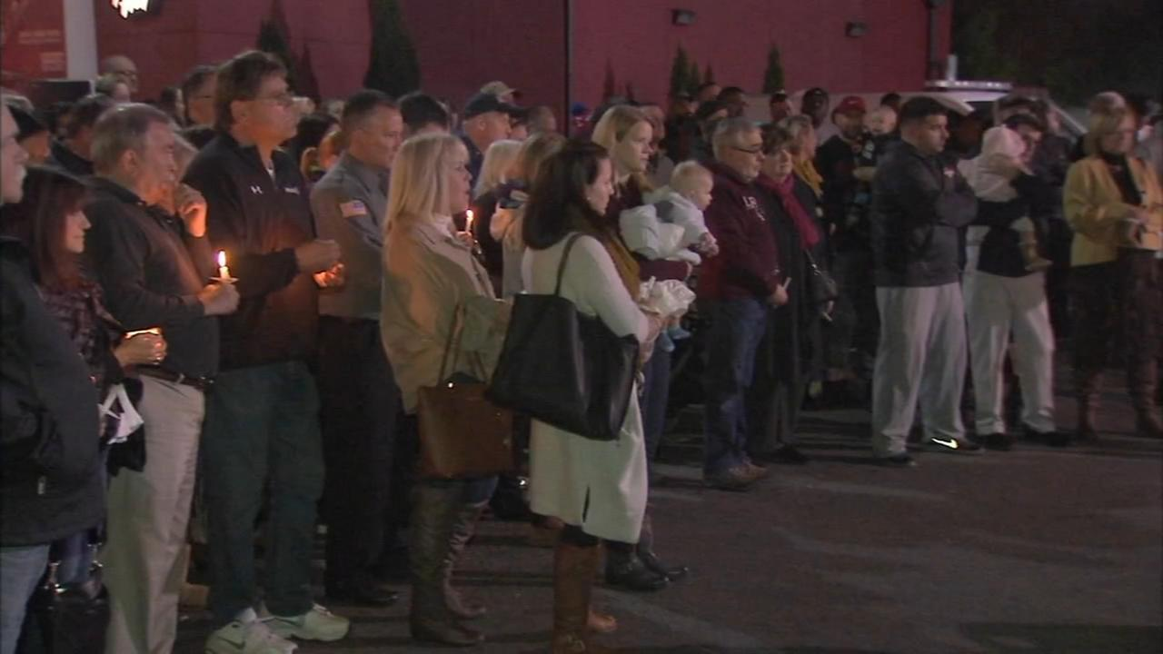 Crowd gathers for memorial of tenth anniversary of Officer Chuck Cassidys death